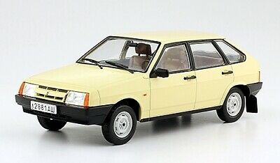 """1:8 vaz-2101 Lada /""""Zhiguli/"""" HACHETTE numero 43"""