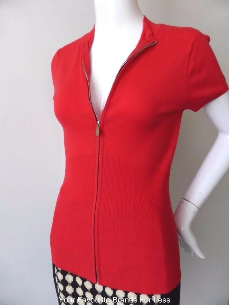 EVENTS Women's Top NWT Zip Front Short Sleeve Stretch Knit Size Small - Medium
