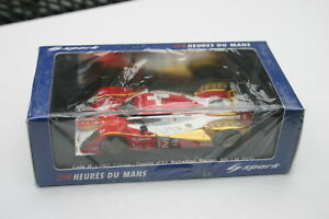 1-43-LOLA-B-10-60-COUPE-TOYOTA-LE-MANS-2011-12-REBELLION-RACING-PROST-SPARK