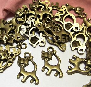 BRONZE KITTY CAT CHARMS-PET-ANI<wbr/>MAL-CATS-LOT OF 50-JEWELRY MAKING SUPPLIES LOT