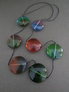 Vintage-Mid-Century-Modernist-Lucite-Necklace