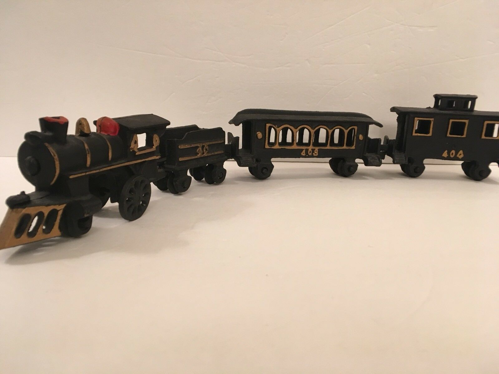 Cast Iron Train Set Marks of 40, 403, 404- 4 Pieces in Total