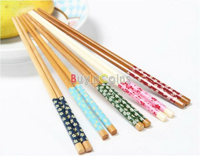 1/5 Pairs So Fashion Wooden Chopsticks Engraved Bamboo Chinese Retro Nation