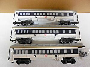 New Lionel New York Yankees 3 Passenger Cars 2 Coach 1 Observation