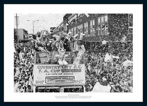 Coventry-City-1987-FA-Cup-Final-Open-Top-Bus-Team-Photo-Memorabilia-165