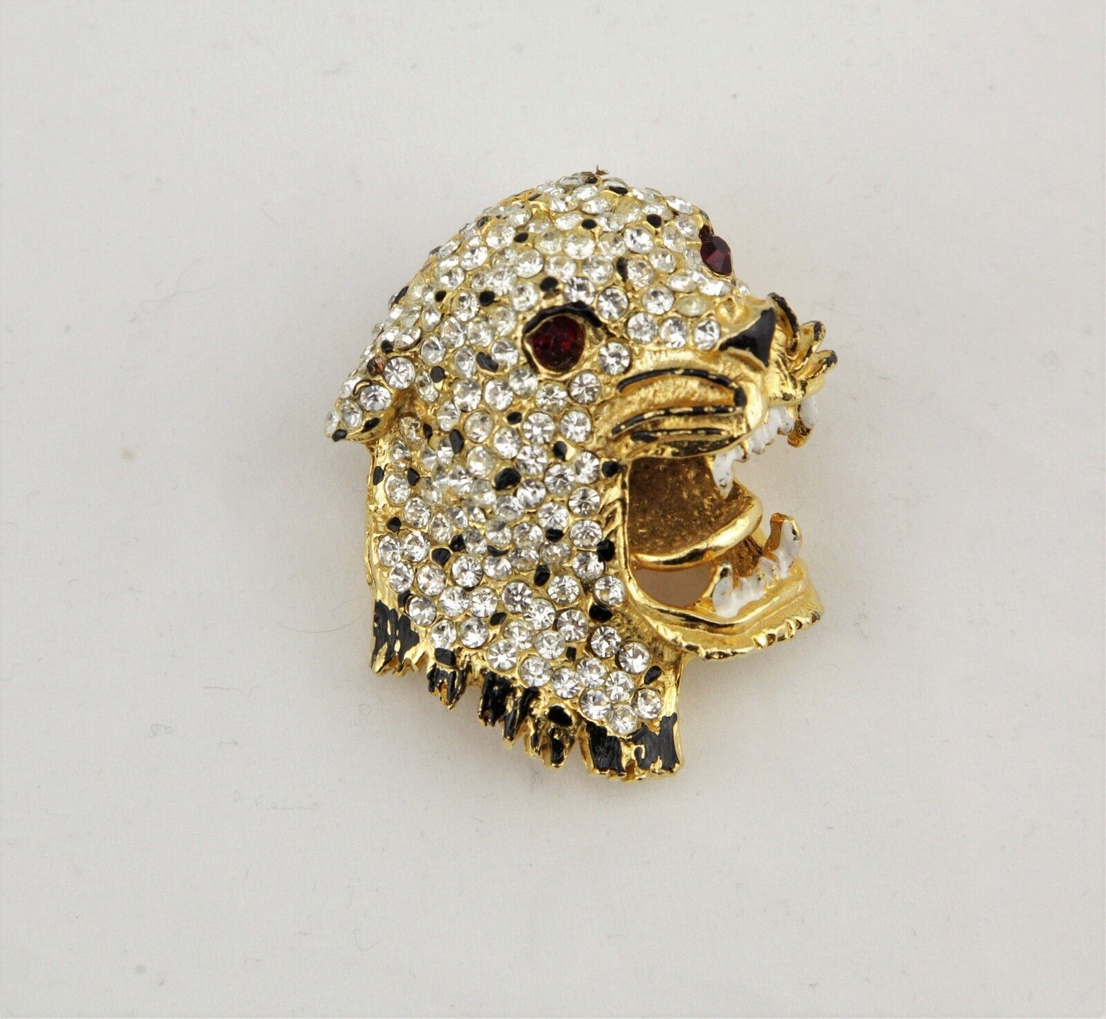 Vintage studded pave crystals enamel gold tone leopard cat cheetah pin brooch