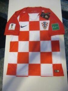13e1dbe7c NIKE CROATIA HRVATSKA NATIONAL TEAM 2018 FIFA WORLD CUP HOME JERSEY ...