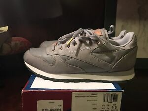 Image is loading Reebok-Classic-Leather-Denim-30th-Anniversary-Edition-VNDS- 392a83306