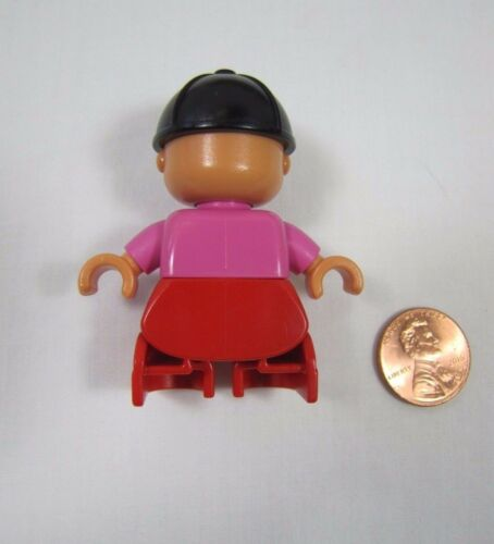 LEGO DUPLO Blonde TODDLER GIRL DAUGHTER Pink Shirt Black Riding Helmet FIGURE