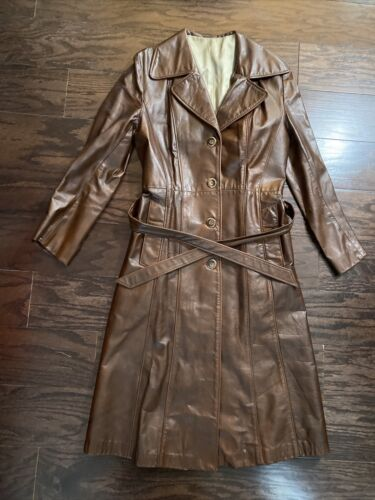Vintage SUEDE LIFE Brown Leather Collared Trench T