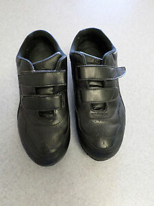 propet black leather velcro walking shoes