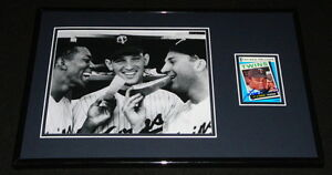 Tony-Oliva-Signed-Framed-11x17-Photo-Display-Twins