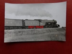 PHOTO-LNER-CLASS-AR4-LOCO-NO-4472-FLYING-SCOTSMAN-WITH-2-COAL-TENDERS