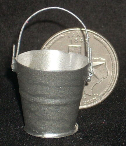 Dollhouse Miniature Metal Scrub Bucket 1:12 Scale T1313 Mexican Laundry Shop 2