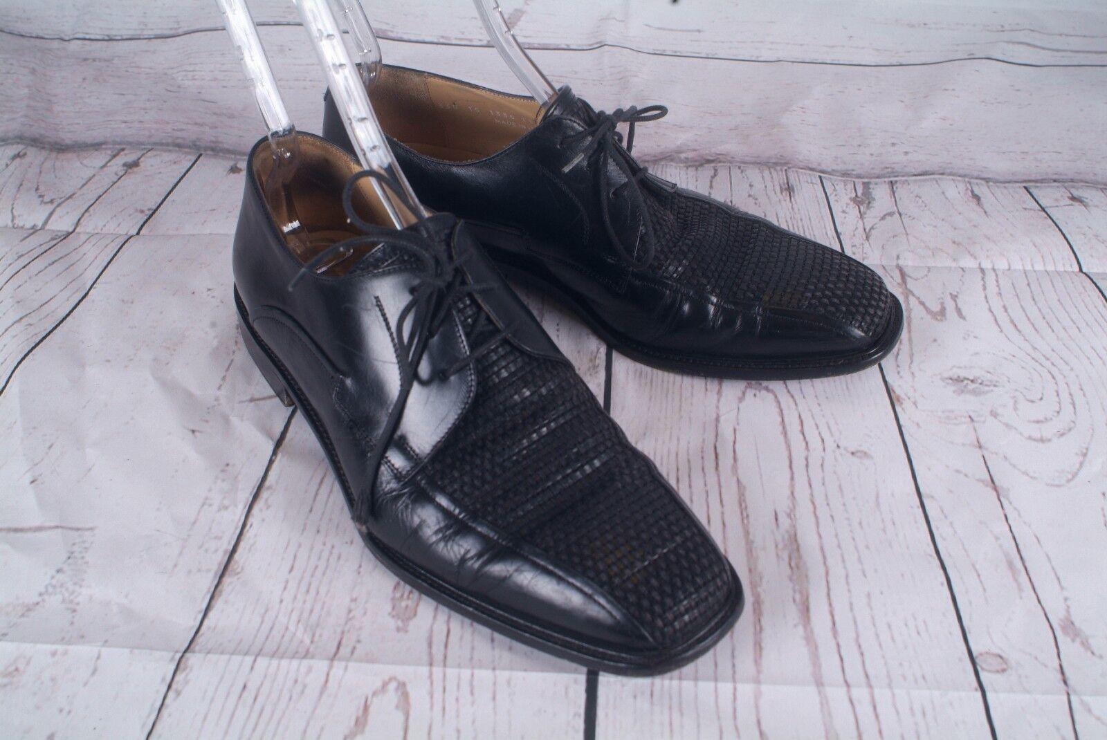 Johnston & Murphy Basket weave  black lace up shoes  leather  11M (F)