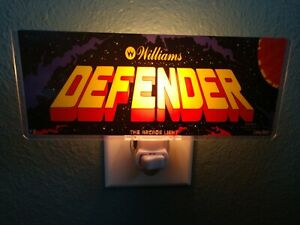 DEFENDER-Arcade-Marquee-Night-Light