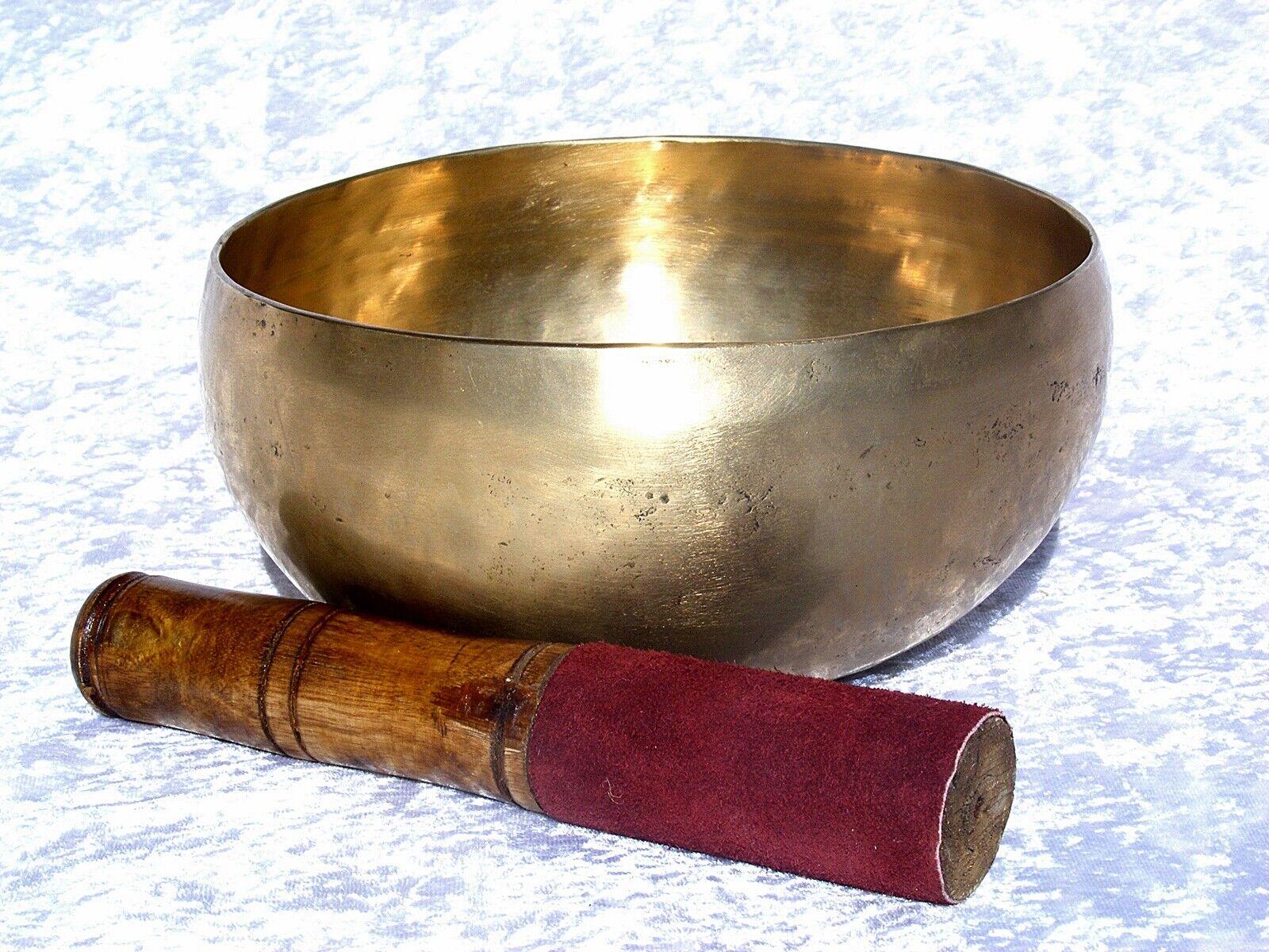 PATINIERTE HANDGEARBEITETE  KLANGSCHALE AUS NEPAL 1,1 KG TON G MEDITATION YOGA