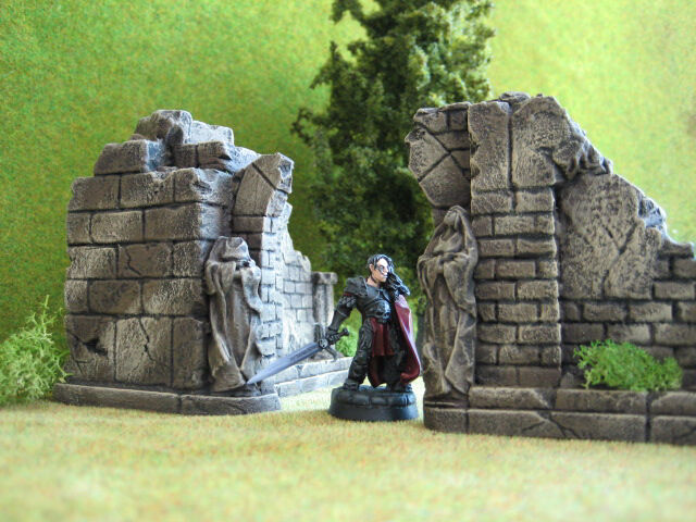 The Court Ruins Unpainted Ceramic Thomarillion Terrain Dwarven Forge D&D