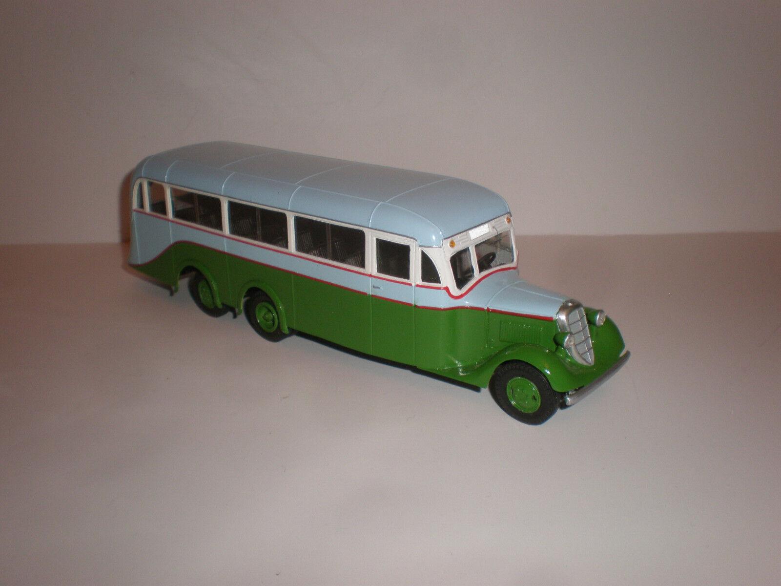 1/43 Rusia Bus Atul Lux 2018
