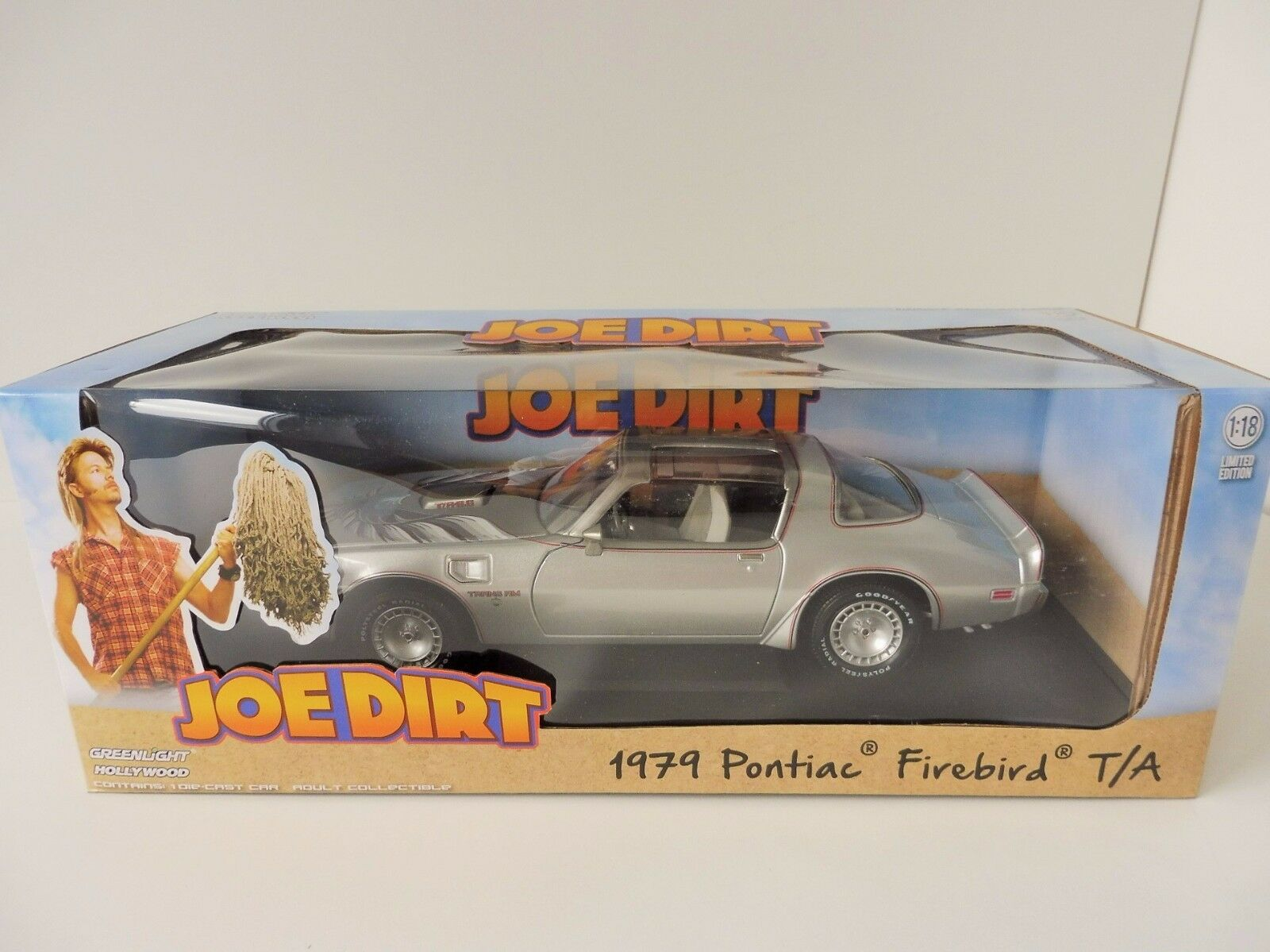 Joe Dirt PONTIAC FIREBIRD TRANS AM 1979 Moviecar 1 18 vertlight GL 12952 Film