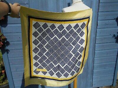 Authentic Ysl Vintage 100% Sciarpa Di Seta Color Navy Blu E Giallo Stampa Geometrica Spot-mostra Il Titolo Originale