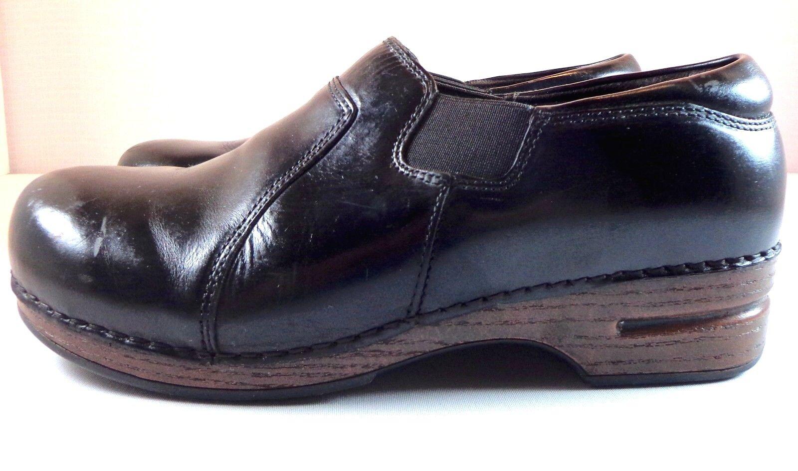 Womens Dansko XP Clogs Black Leather Slip On Shoes Size 42 42 Size (US 11.5 - 12) 472275