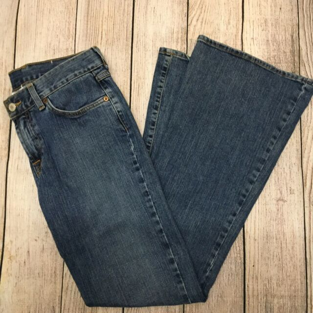 Lucky Brand Dungarees Women's Jeans Sz 6/28 Sweet n' Low Flare Leg Blue Med Wash