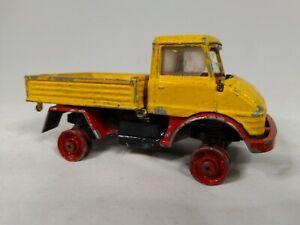 CORGI-Toys-Mercedes-Benz-Unimog-1971-75