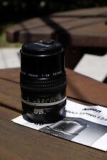 Nikon Nikkor Ai-S 135mm f2.8 lens LN-Mint Condition
