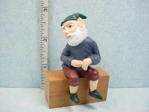 Dollhouse Miniature Fence Sitting Gnome - Outdoor Figurine 1/12 Scale DDL1207F