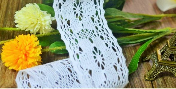 3m Vintage style Cotton crochet lace trim white Ribbon Sewing Crafts flower NEW