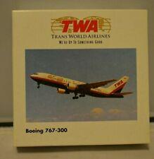 1//500 Herpa 510264 TWA Trans World Airlines B707-300 N18709 1960s Twin Globe