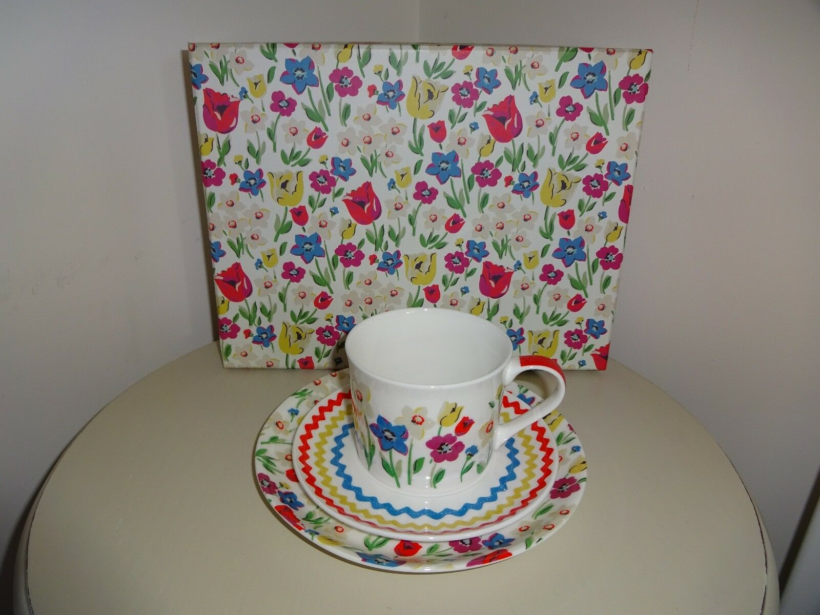 CATH KIDSTON PARADISE FIELDS TRIO CUP, SAUCER AND PLATE NEW IN BOX
