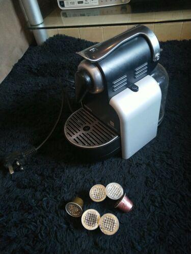 Nespresso Magimix M100 Capsule Pod Coffee/Espresso Machine with 6pods in ex con