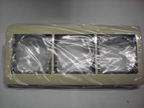 Merten 400344 AQUADESIGN-Rahmen 3fach weiß cremeweiß Neu