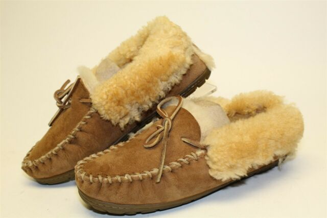 L.L. Bean 130484 Womens 9 Medium Brown Suede Sheepskin Moccasins Slippers Shoes