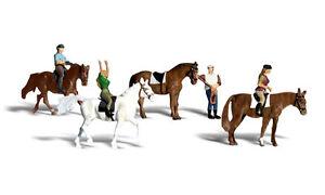 H0-Woodland-Scenics-A1889-Figuren-Set-Reiter-Kunstreiter-Pferde-Neu-OVP