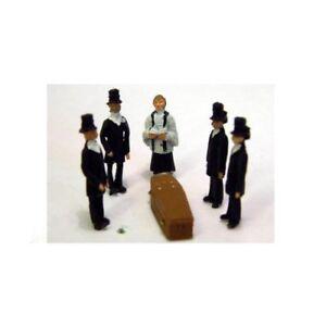 Victorian-Funeral-Scene-OO-Scale-Unpainted-Langley-F64