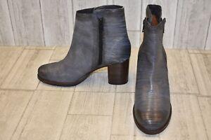 d50b414ea23 Frye Addie Double Zip Ankle Bootie - Women's Size 8.5 Navy/Silver | eBay