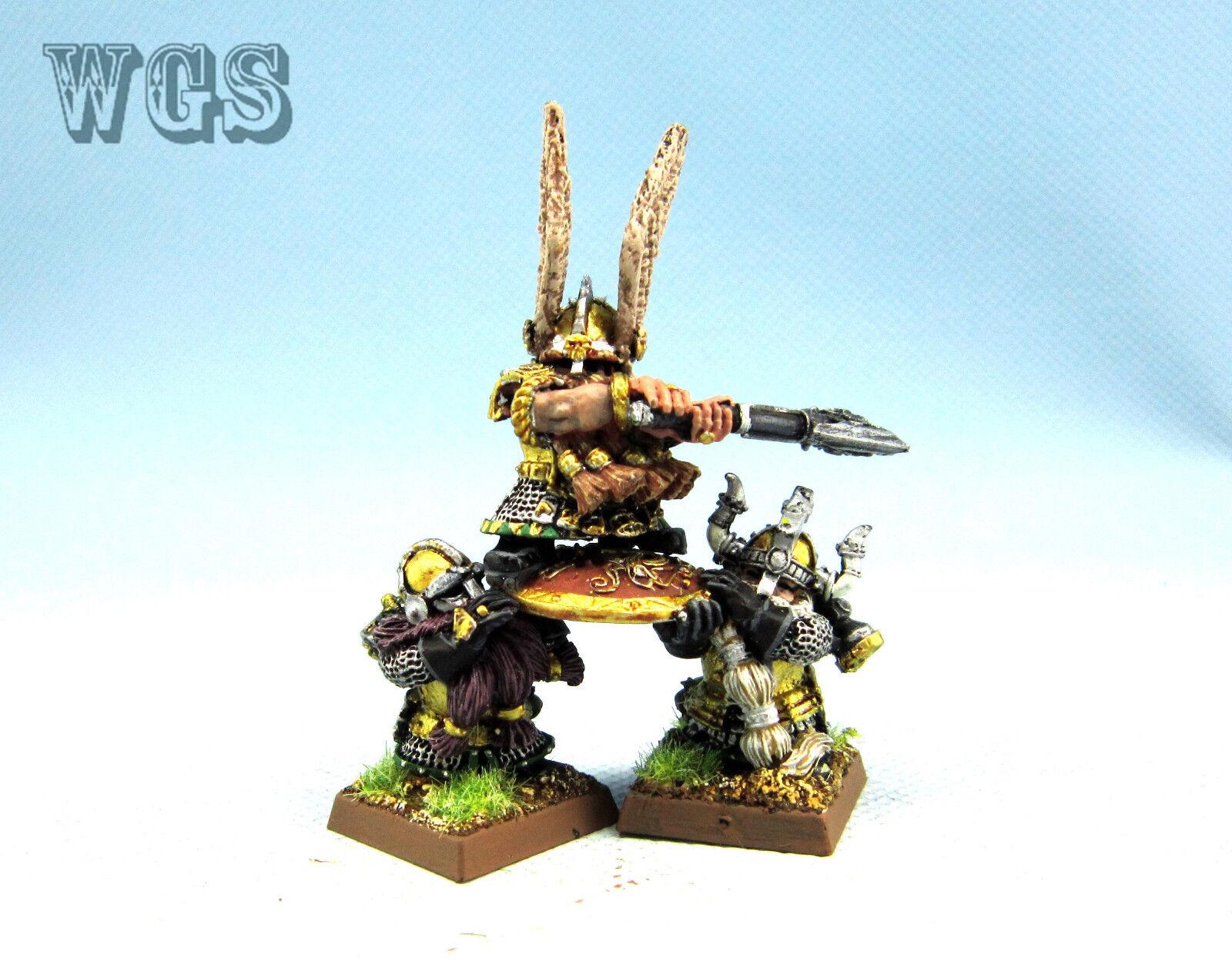 25mm Warhammer Fantasy WGS painted Dwarf King Alrik & Shieldbearers DW053