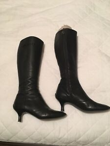 8dcca62e951 Image is loading Ladies-knee-high-black-leather-Salvadore-Farragamo-boots-