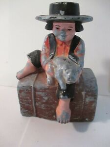 Vintage-Cast-Iron-Amish-Boy-Holding-Pig-Piggy-Bank