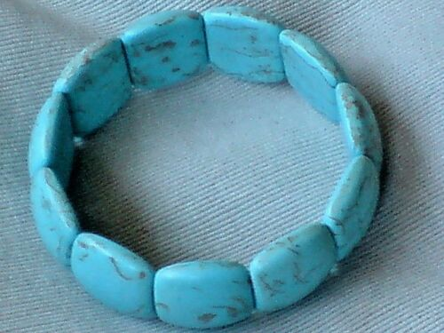 """WIDE £5.95 NWT ELASTICATED BRACELET with OVAL TURQUOISE RESIN STONES 1/""""// 2.5cm"""