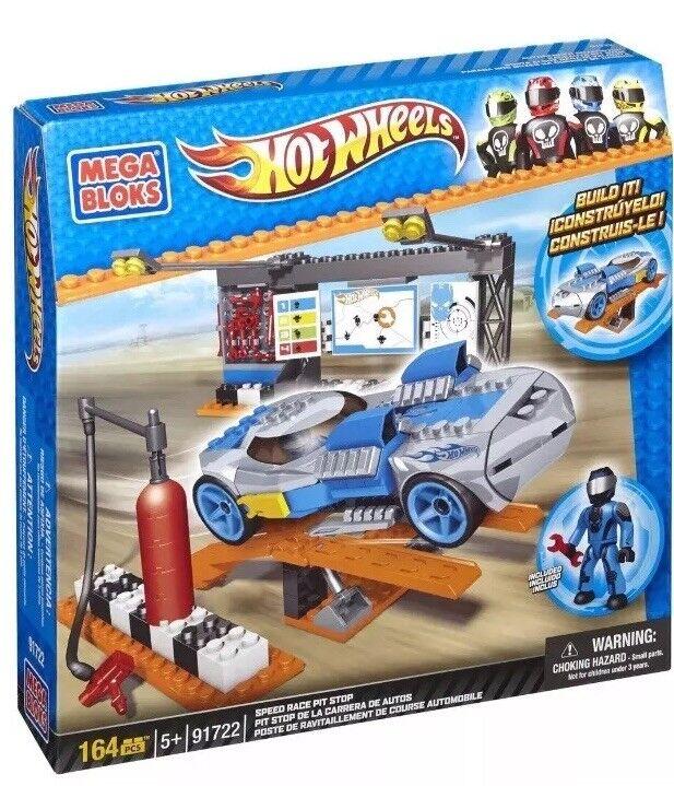 BNIB Mega Bloks 91722 Hot Wheels 164 Pcs Speed Race Pit Stop