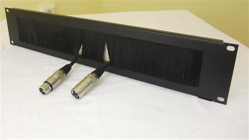 2 HE Kabel-Durchführung black Brush-Rackblende Bürstenleiste Kabeldurchführung