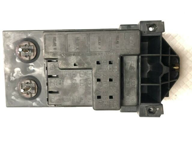 1998 Lincoln Navigator Fuse Relay Junction Box F85b