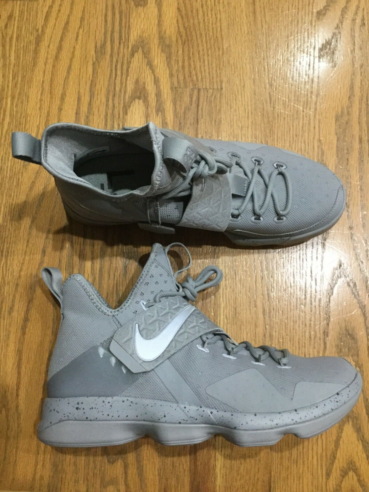 c8f870aaca34 New mens Nike LeBron James James James XIV 14 gray grey basketball high top  shoes Sz 10 NIB 824fd5