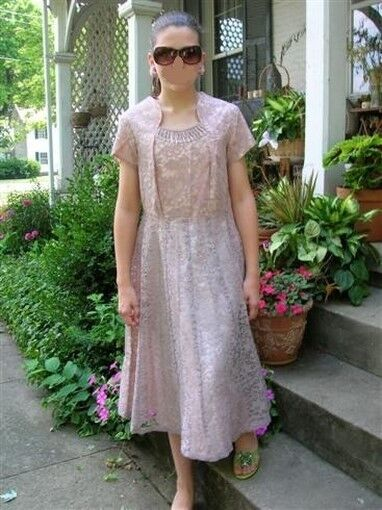 ROBE VINTAGE GARDEN PARTY mad Hommes 50 s 60 s Rose Lace Flair jupe perles accents