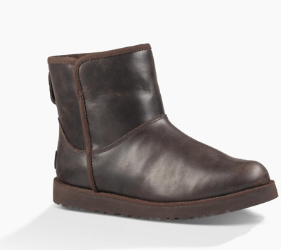 Ugg Cory leather boots size 7.5 new NWT