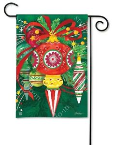 Studio-M-H8-BreezeArt-Christmas-Outdoor-Garden-Flag-12-5x18in-Merry-And-Bright